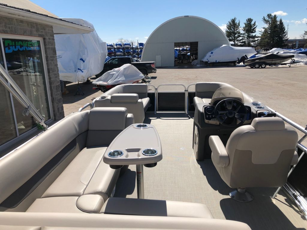 2019 Princecraft boat for sale, model of the boat is Princecraft Vectra 21 & Image # 4 of 6