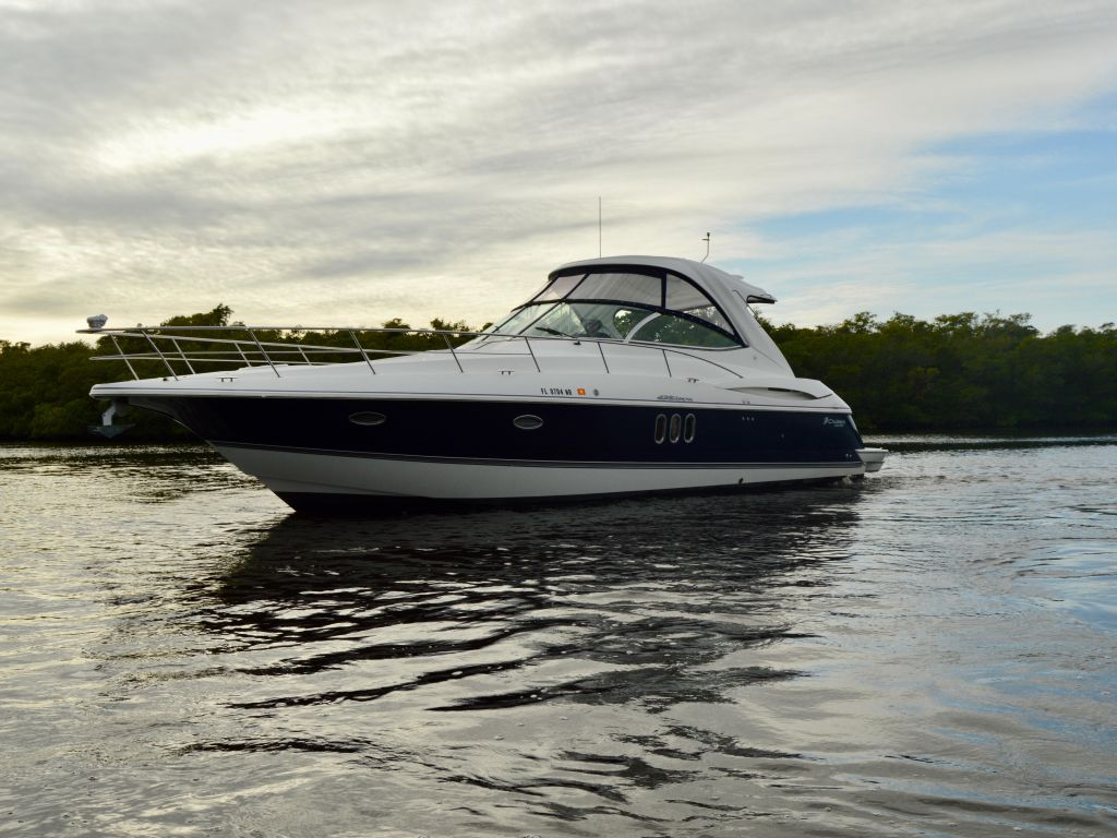 2008 Cruisers Yachts boat for sale, model of the boat is 420 Express & Image # 17 of 49