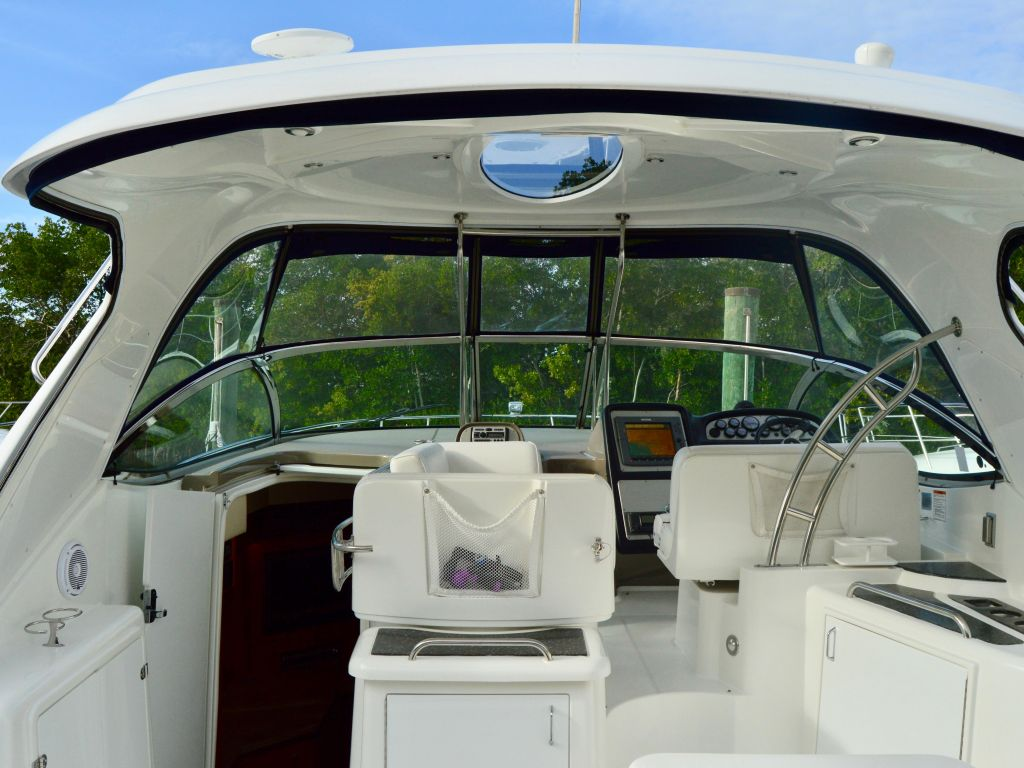 2008 Cruisers Yachts boat for sale, model of the boat is 420 Express & Image # 37 of 49