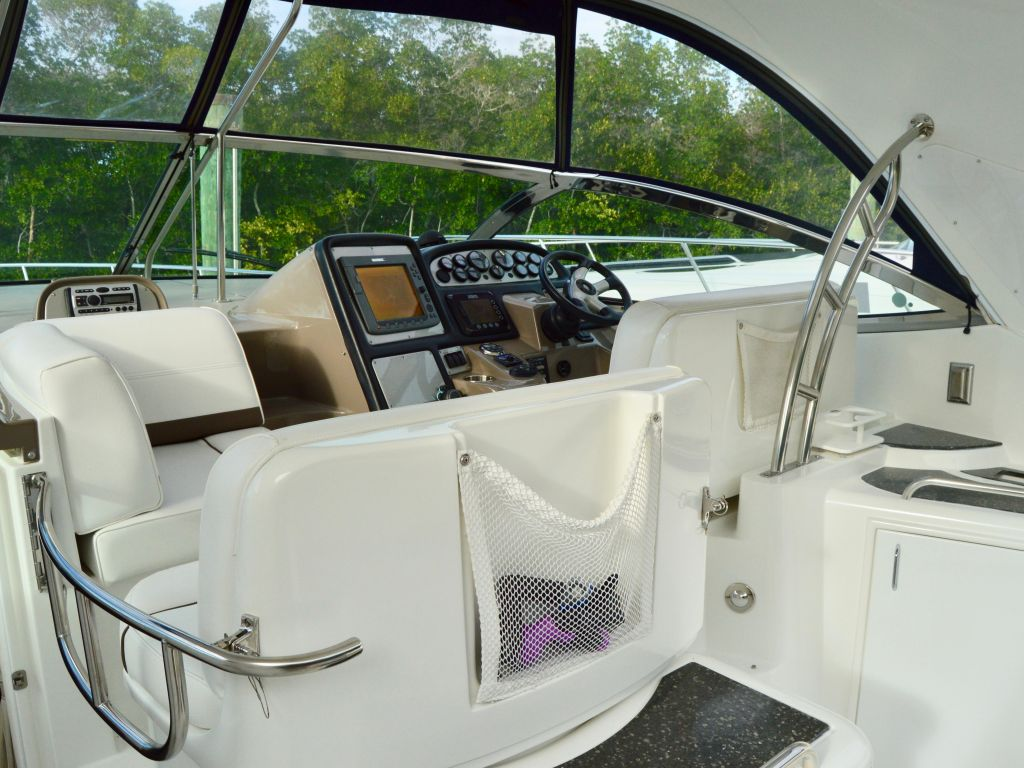 2008 Cruisers Yachts boat for sale, model of the boat is 420 Express & Image # 39 of 49