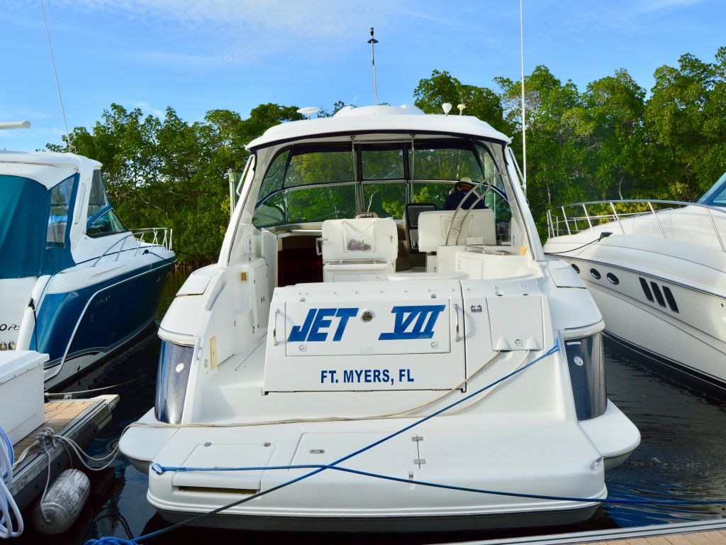 2008 Cruisers Yachts boat for sale, model of the boat is 420 Express & Image # 20 of 49