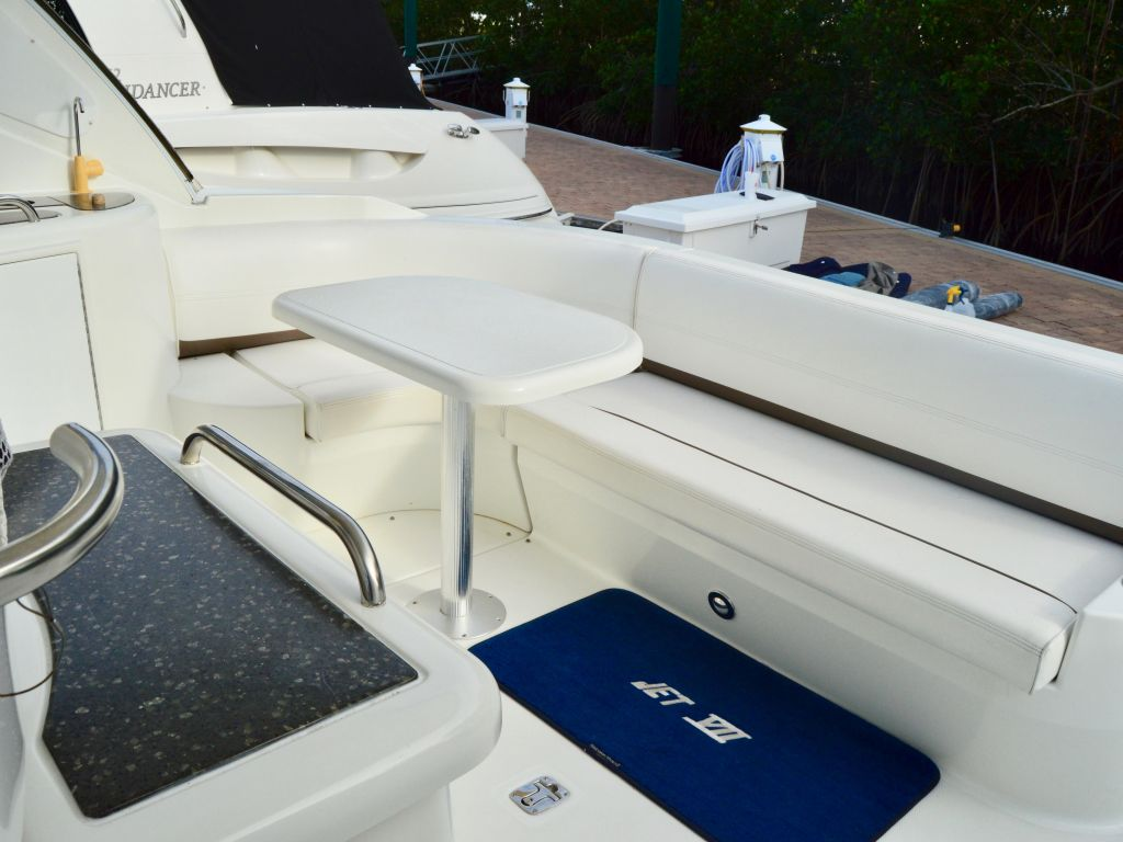 2008 Cruisers Yachts boat for sale, model of the boat is 420 Express & Image # 38 of 49