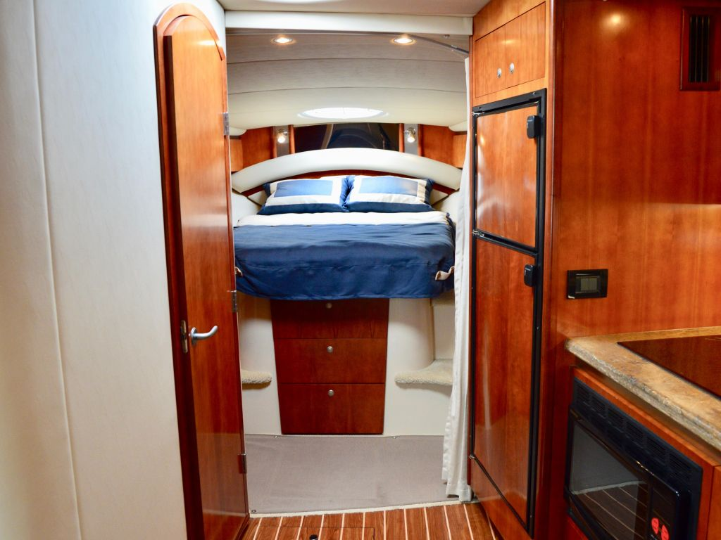 2008 Cruisers Yachts boat for sale, model of the boat is 420 Express & Image # 45 of 49