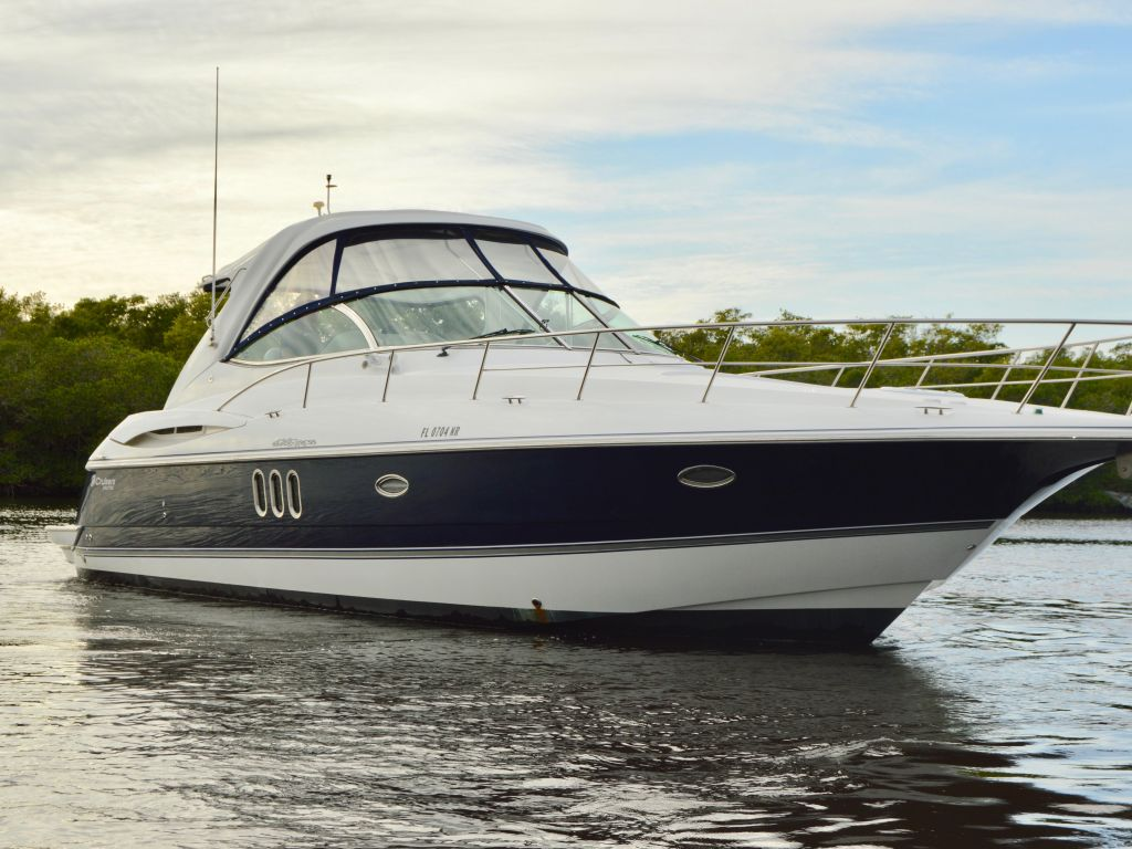 2008 Cruisers Yachts boat for sale, model of the boat is 420 Express & Image # 12 of 49