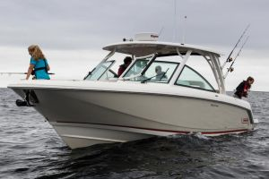 2016 BOSTON WHALER 320 VANTAGE for sale