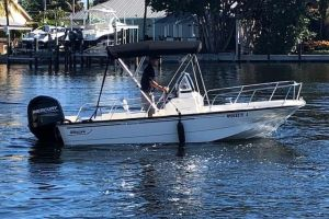 2014 BOSTON WHALER 17 MONTAUK for sale