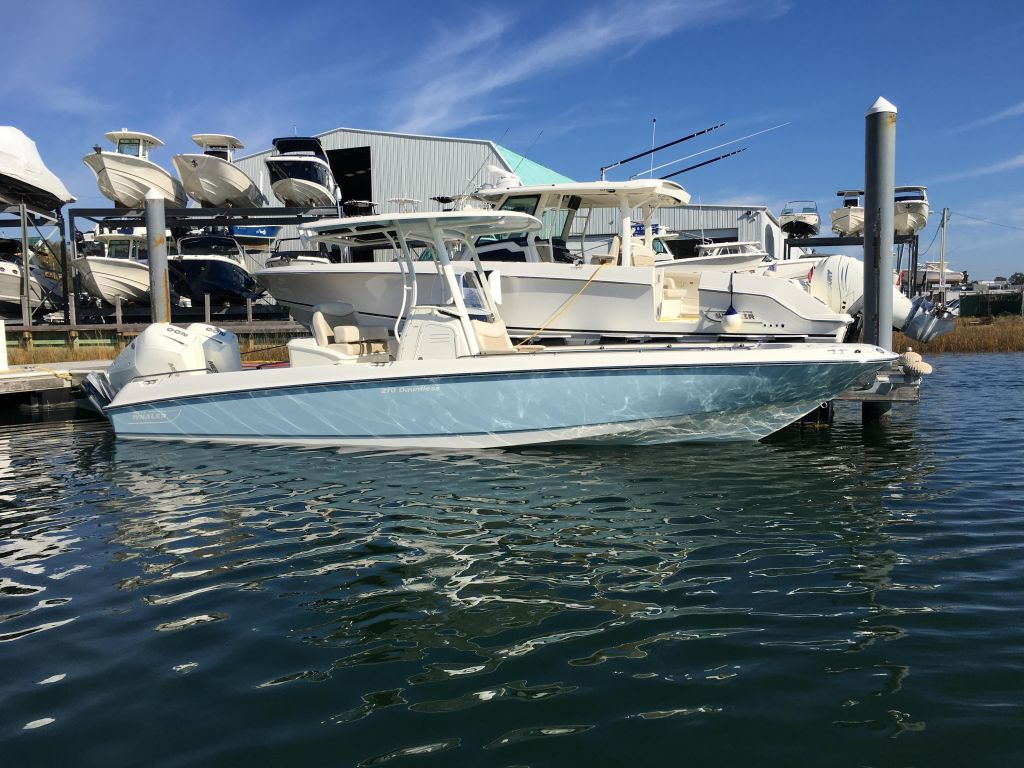 2019 Boston Whaler boat for sale, model of the boat is 270 Dauntless & Image # 8 of 47