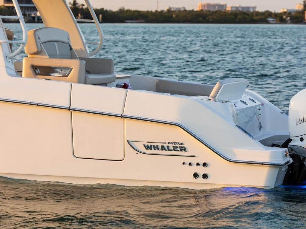 2019 Boston Whaler boat for sale, model of the boat is 350 Realm & Image # 15 of 17