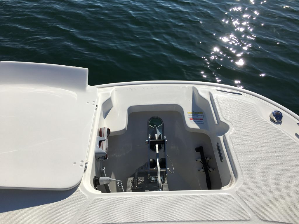 2019 Boston Whaler boat for sale, model of the boat is 270 Dauntless & Image # 29 of 47