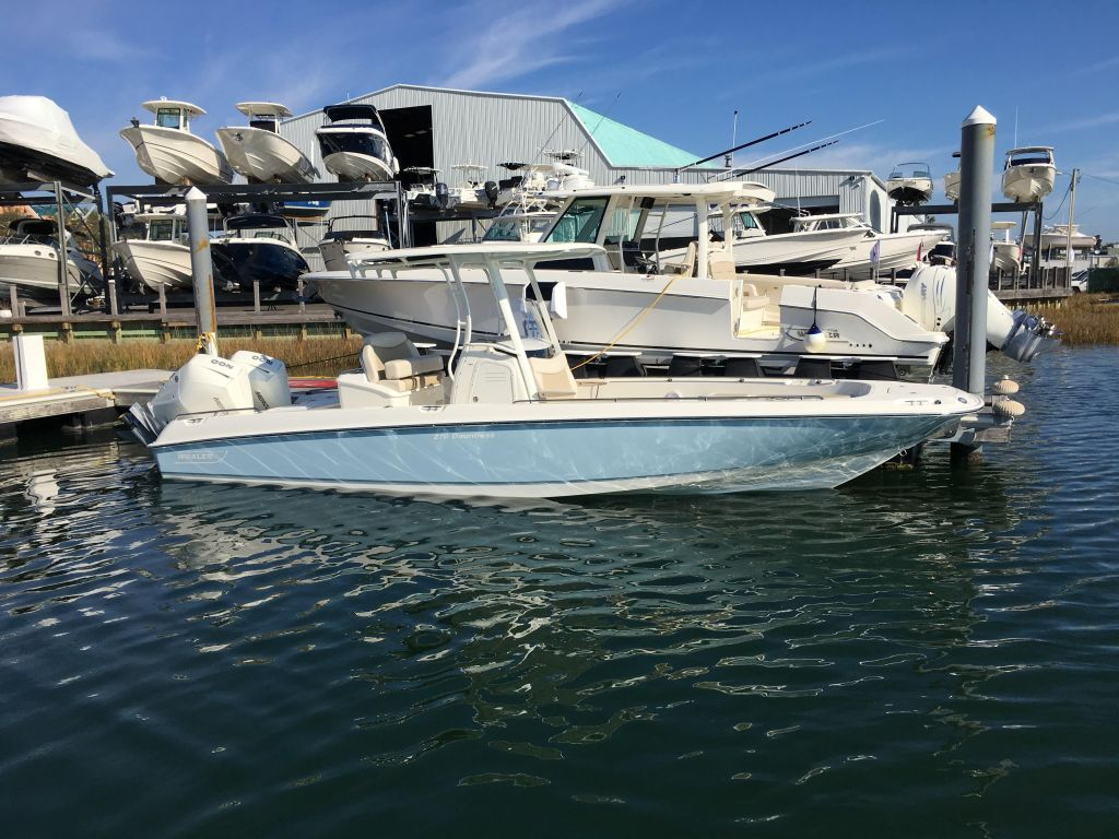2019 Boston Whaler boat for sale, model of the boat is 270 Dauntless & Image # 9 of 47