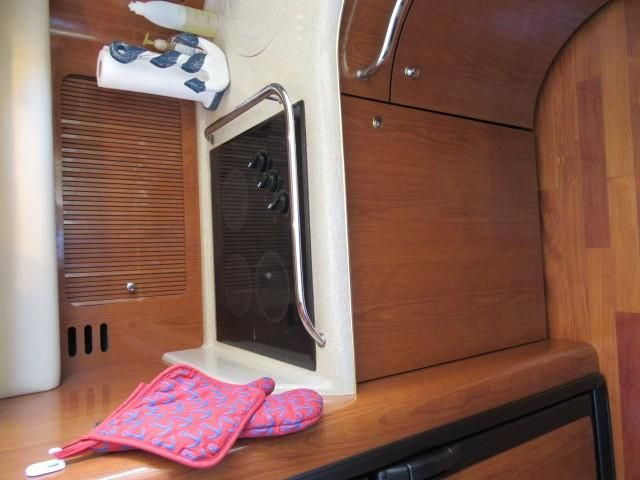 2002 Sea Ray boat for sale, model of the boat is 400 Sedan Bridge & Image # 41 of 46