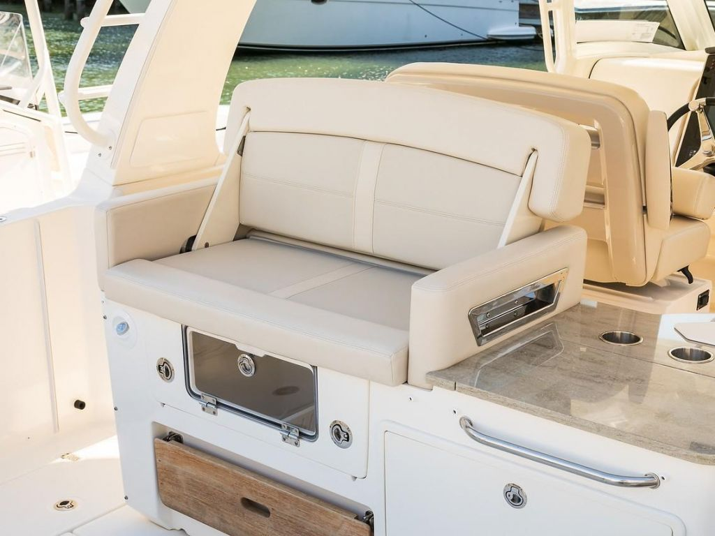 2019 Boston Whaler boat for sale, model of the boat is 350 Realm & Image # 13 of 17