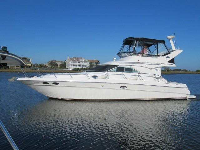 2002 Sea Ray boat for sale, model of the boat is 400 Sedan Bridge & Image # 27 of 46