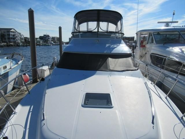 2002 Sea Ray boat for sale, model of the boat is 400 Sedan Bridge & Image # 14 of 46