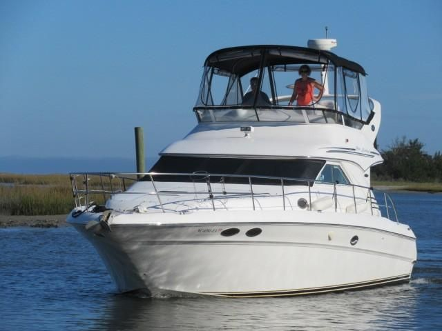 2002 Sea Ray boat for sale, model of the boat is 400 Sedan Bridge & Image # 26 of 46