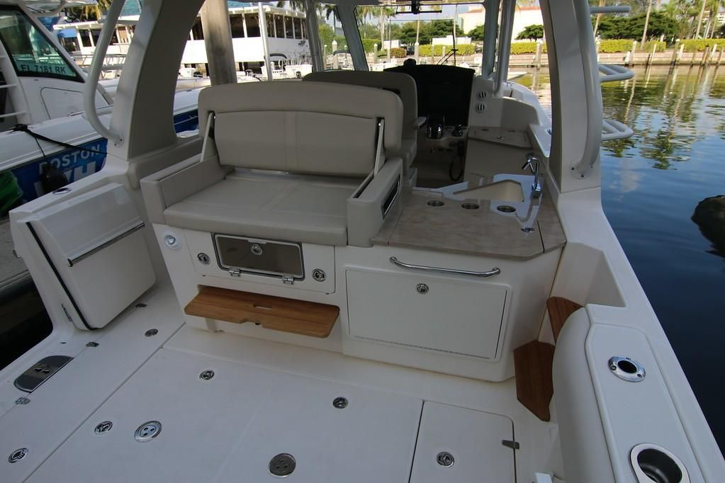 2019 Boston Whaler boat for sale, model of the boat is 350 Realm & Image # 11 of 17