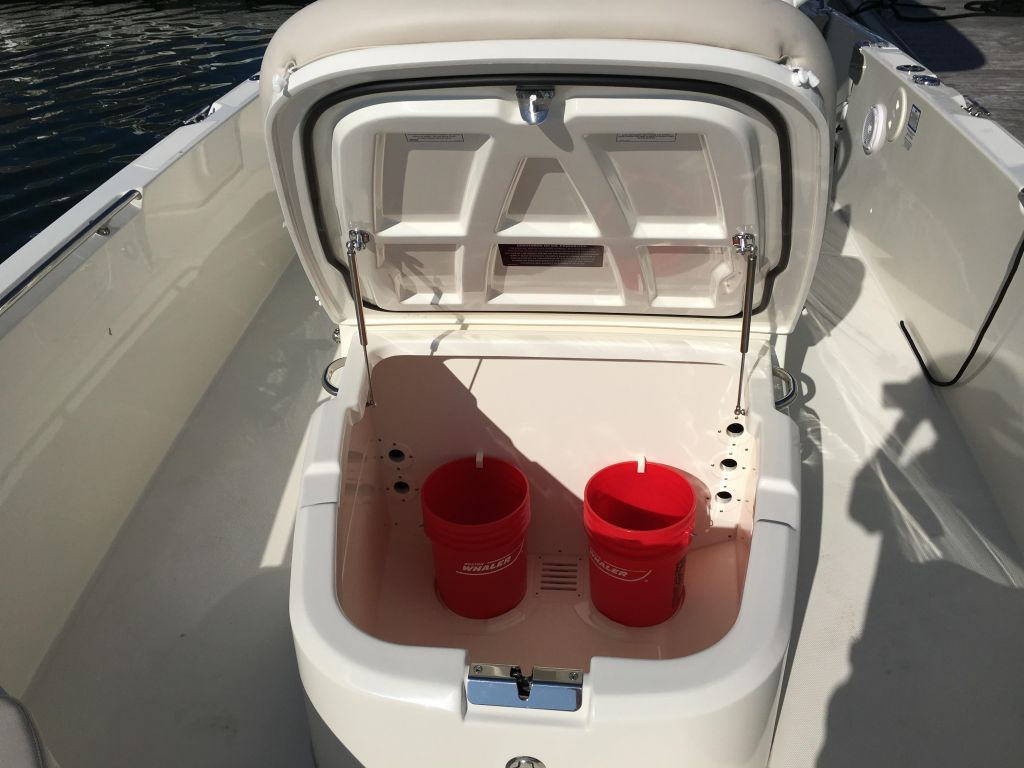 2019 Boston Whaler boat for sale, model of the boat is 270 Dauntless & Image # 33 of 47