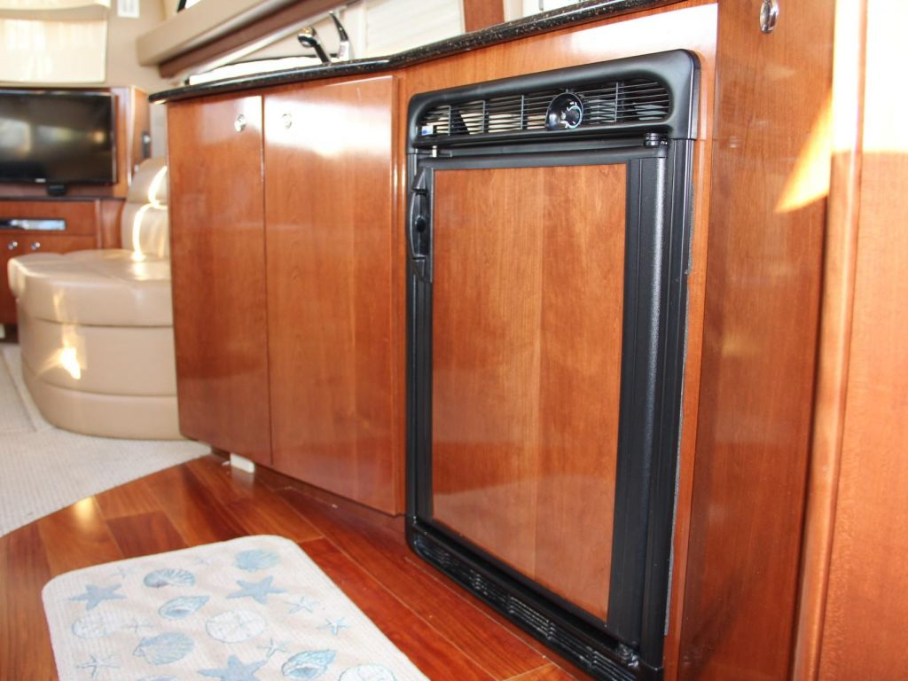2008 Meridian boat for sale, model of the boat is 341 Sedan & Image # 42 of 57