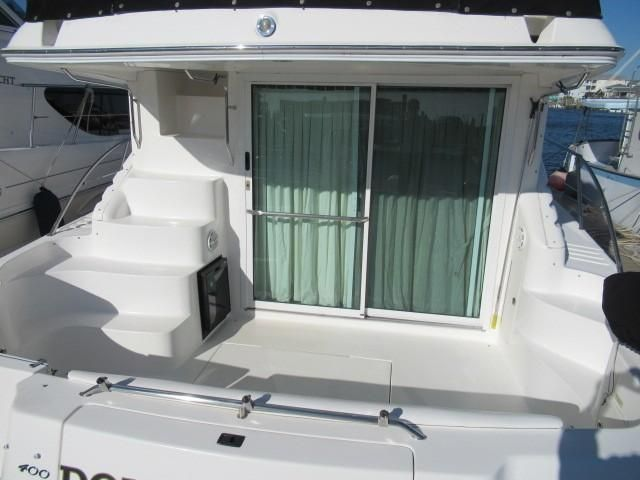 2002 Sea Ray boat for sale, model of the boat is 400 Sedan Bridge & Image # 20 of 46