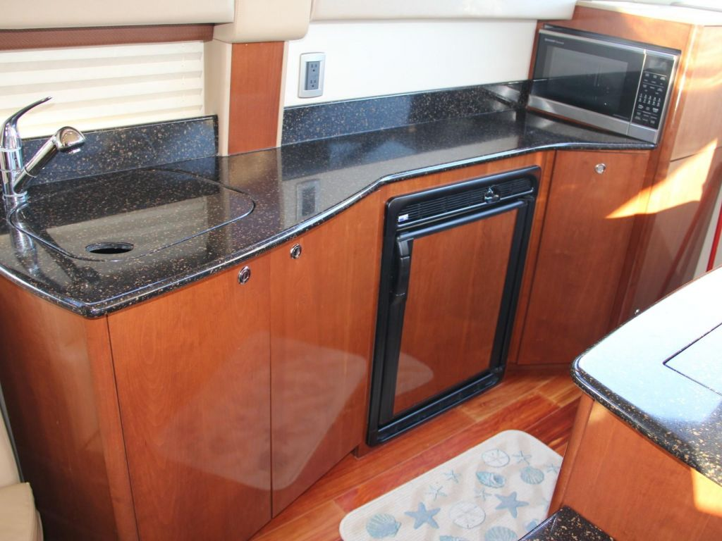 2008 Meridian boat for sale, model of the boat is 341 Sedan & Image # 39 of 57