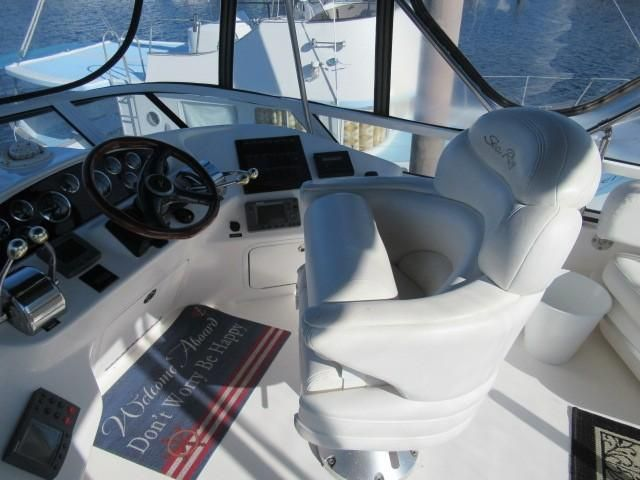 2002 Sea Ray boat for sale, model of the boat is 400 Sedan Bridge & Image # 3 of 46