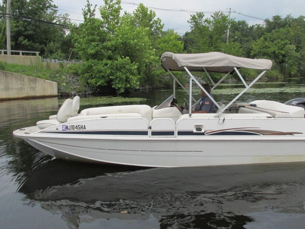 2006 Princecraft boat for sale, model of the boat is Ventura 192V L2S O/B & Image # 9 of 62