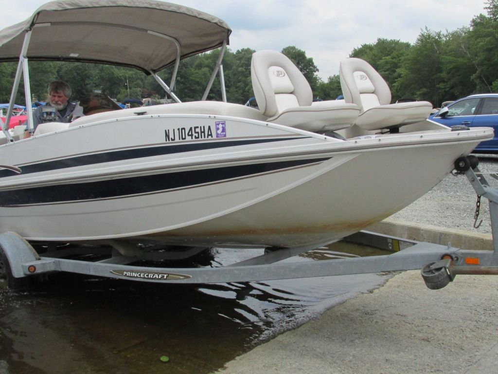 2006 Princecraft boat for sale, model of the boat is Ventura 192V L2S O/B & Image # 61 of 62
