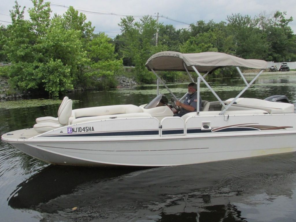 2006 Princecraft boat for sale, model of the boat is Ventura 192V L2S O/B & Image # 3 of 62