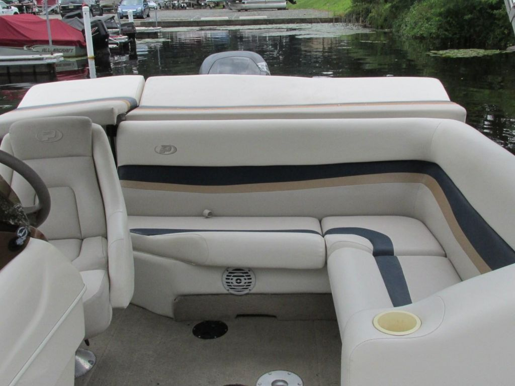 2006 Princecraft boat for sale, model of the boat is Ventura 192V L2S O/B & Image # 39 of 62