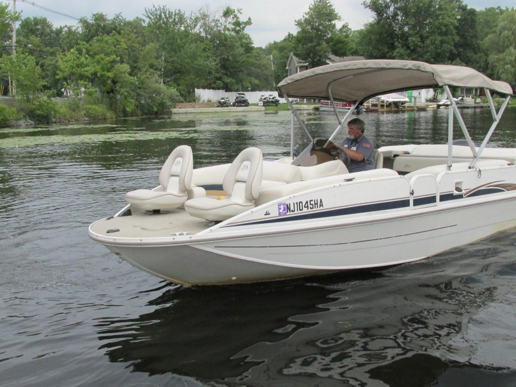2006 Princecraft boat for sale, model of the boat is Ventura 192V L2S O/B & Image # 12 of 62