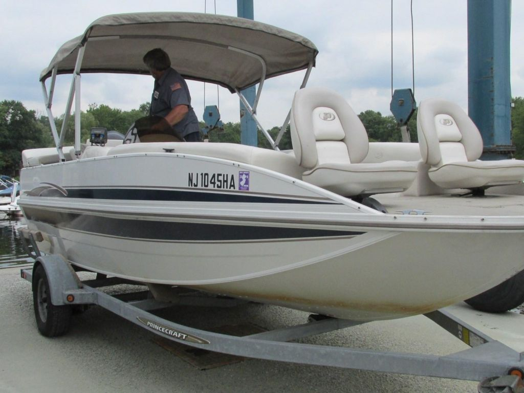 2006 Princecraft boat for sale, model of the boat is Ventura 192V L2S O/B & Image # 2 of 62