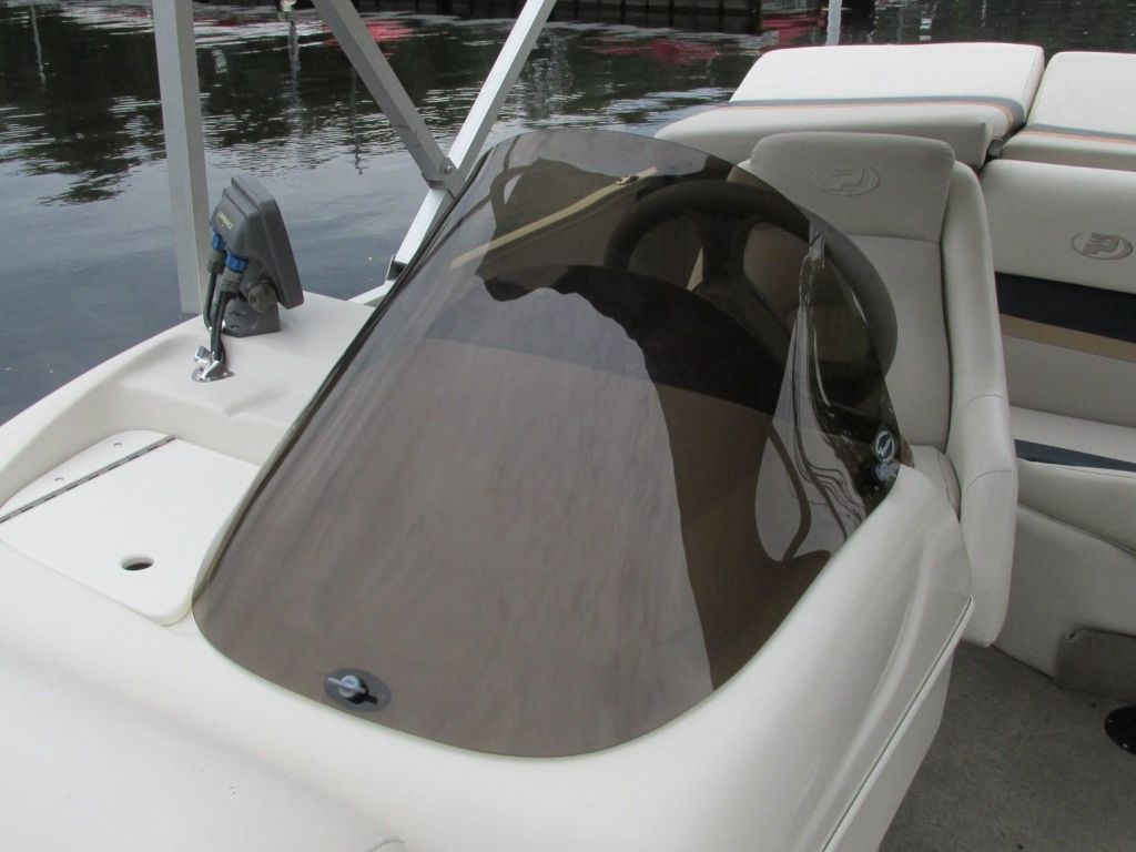 2006 Princecraft boat for sale, model of the boat is Ventura 192V L2S O/B & Image # 41 of 62