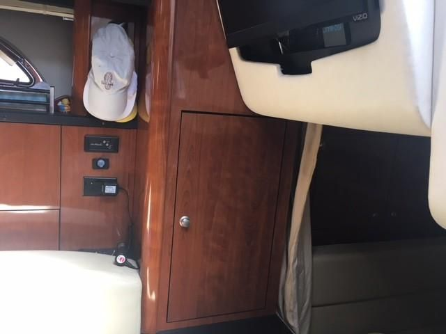 2007 Sea Ray boat for sale, model of the boat is 310 DA & Image # 34 of 75