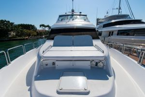 2008 HATTERAS 72 MOTOR YACHT for sale