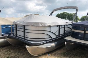 2019 SYLVAN 8520MIRAGECNF for sale