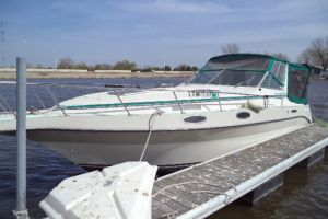 1989 CRUISERS YACHTS ROGUE 3060 for sale