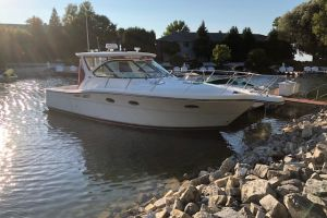 2005 TIARA YACHTS 3200 OPEN for sale