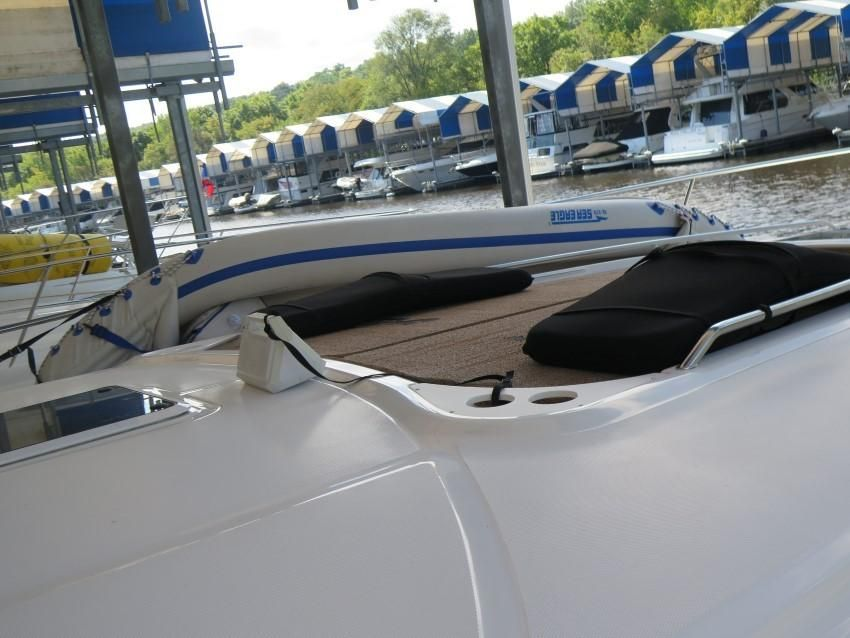 2000 Sea Ray boat for sale, model of the boat is 460 Sundancer & Image # 17 of 53