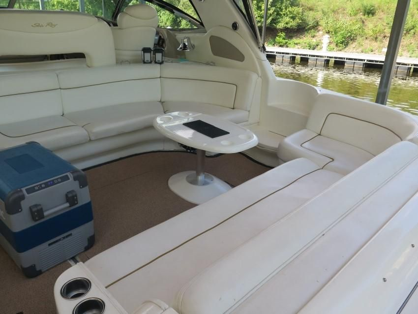 2000 Sea Ray boat for sale, model of the boat is 460 Sundancer & Image # 14 of 53
