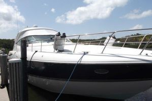 2005 CRUISERS YACHTS 50 EXPRESS for sale