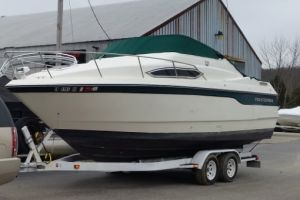 1996 MONTEREY 256CR for sale