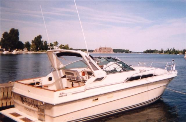 For Sale: 1986 Sea Ray 340 Sundancer 34ft<br/>Hutchinson's Boat Works