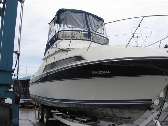 For Sale: 1990 Carver Santiago 27ft<br/>Hutchinson's Boat Works