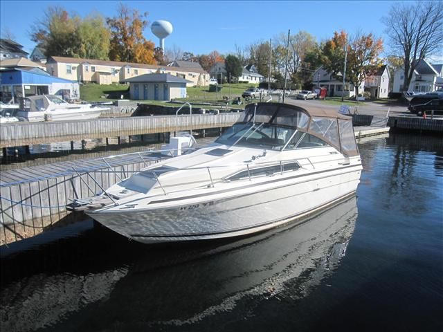 For Sale: 1985 Sea Ray Weekender 26ft<br/>Hutchinson's Boat Works