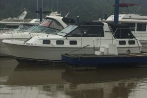 1986 CARVER RIVERA AFT CABIN for sale