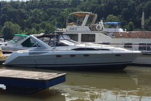 1990 BAYLINER 3785 for sale