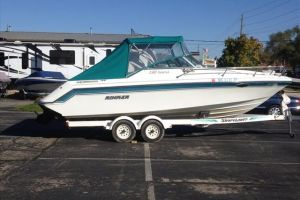1991 RINKER 230 FESTIVA for sale