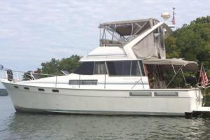 1989 BAYLINER 3818 MOTOR YACHT for sale