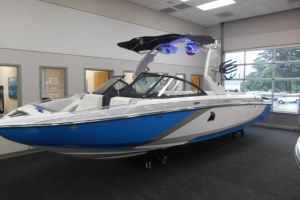 2016 CENTURION SV244 for sale