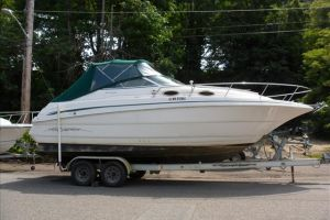 1999 MONTEREY 262 for sale